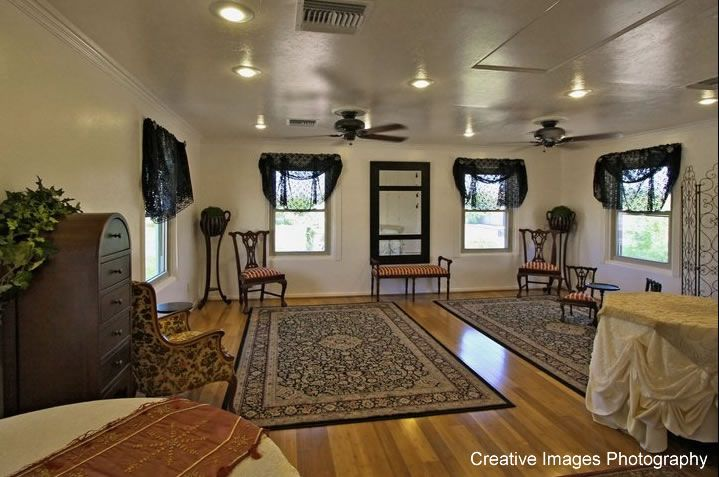 All Photos And Content Within This Listing Are The Property Of Antique Wedding House Or Its Affiliates