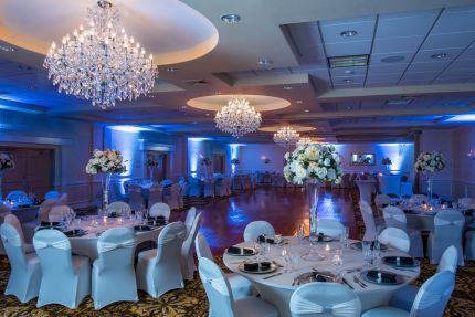 Reception halls and catering locations for your wedding banquet windsor ballroom at the holiday inn nj junglespirit Image collections